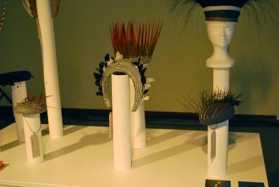 headware door Florence Coenraets