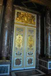 deuren als kunstwerkjes bij het Venussalon