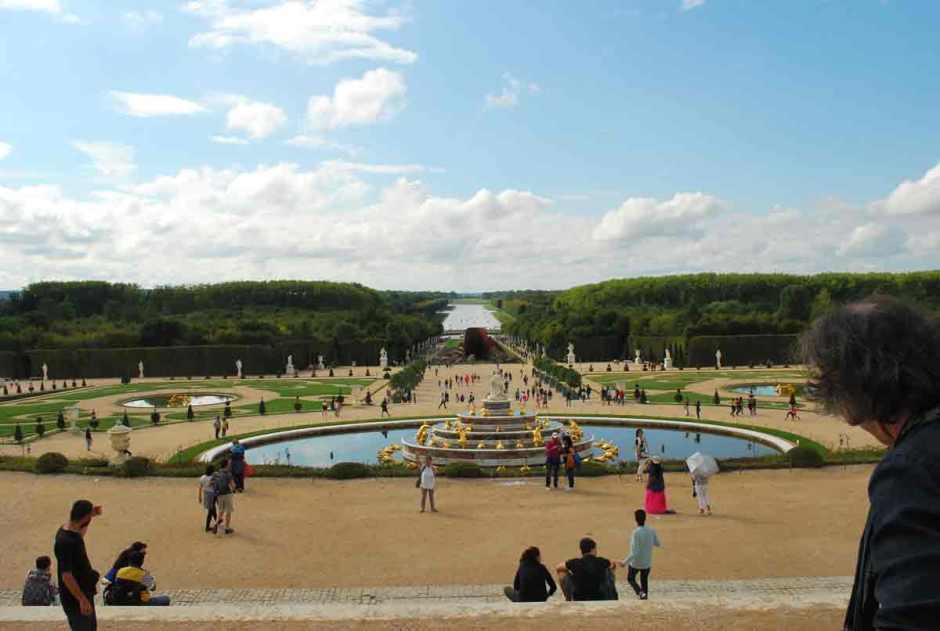Versailles_anishkapoor_skymirror017