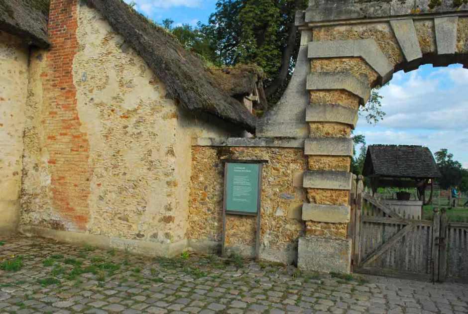 Versailles_hameaudelareine098