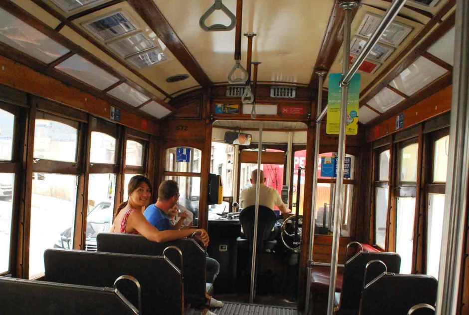 met de tram van centrum Lissabon naar Belém