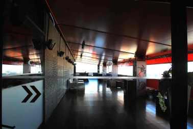 de penthouse bar van Jean Nouvel