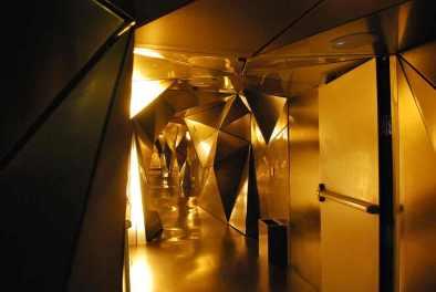 de gang met de kamers van Plasma Studio