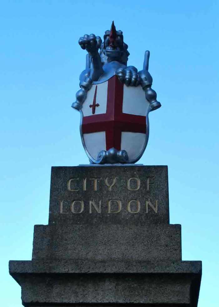 london-(104cr)