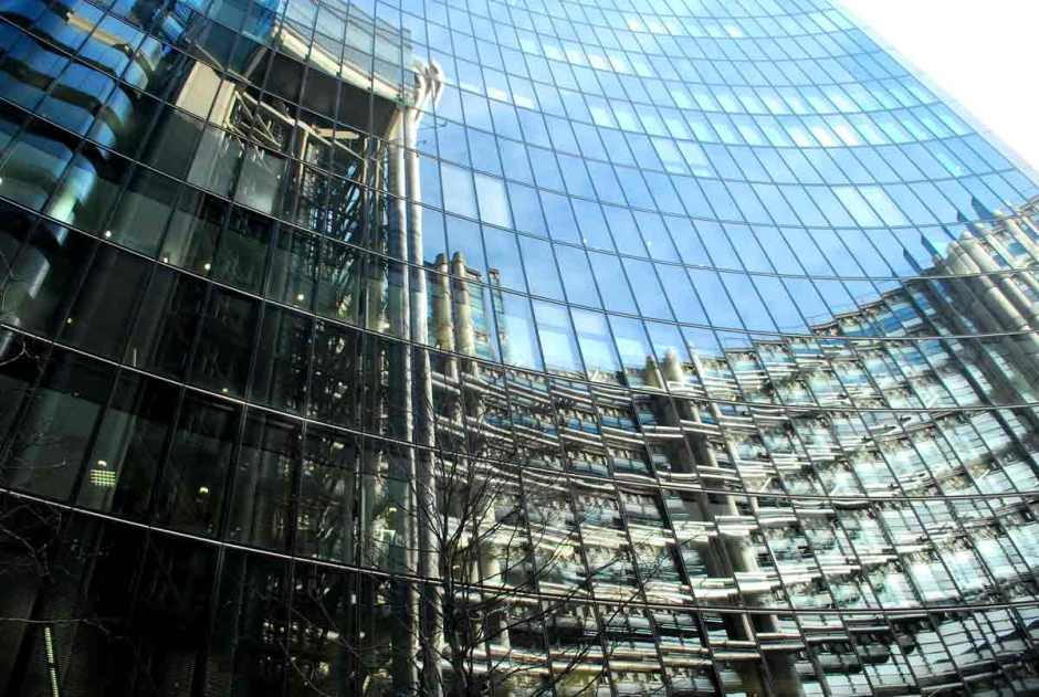 london_lloyds(64)