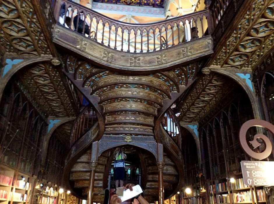 porto_boekhandellello-(2)