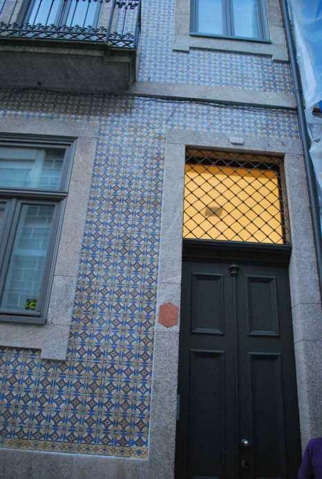 de typische azulejos