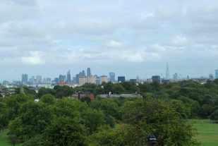 zicht op de City vanop Primrose Hill