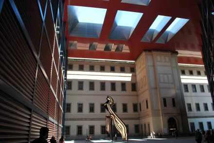 Museo Reina Sofia: oud en nieuw geïntegreerd door Jean Nouvel